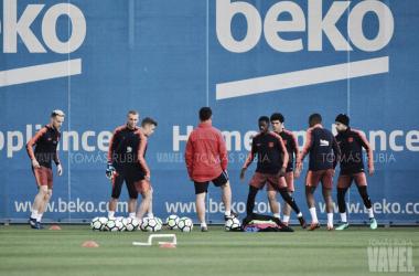 Los jugadoresdel Barcelona en suúltima sesión antes el partido contra el Villarreal. Foto: Tomás Rubia, VAVEL.com