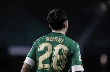 Rodri vistiendo la elástica verdiblanca (20-21) | Foto: @rodrisanchez_10