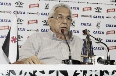 Presidente Eurico garante Vasco na Libertadores (Foto: Carlos Gregório Jr/Vasco.com.br)