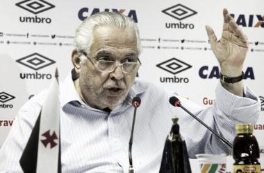"""""""Todo o prejuízo causado e constatado pela torcida do Flamengo, o Flamengo vai pagar"""", disse Eurico Miranda (Foto: Paulo Fernandes/Vasco)"""