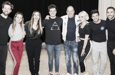 Miki Núñez junto a su equipo para Tel Aviv // Fuente: Twitter @eurovision_tve