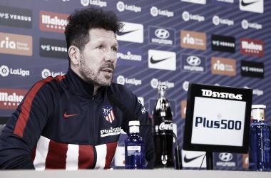 """<span style=""""color: rgb(51, 51, 51); font-family: Ubuntu, tahoma, Arial;"""">Imagen de la rueda de prensa de Diego Pablo Simeone / Twitter: Atlético de Madrid</span>"""