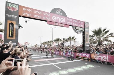 Giro d'Italia, Viviani vince a Tel Aviv. Fonte:Foto Credit: LaPresse- D'Alberto / Ferrari / Paolone / Alpozzi