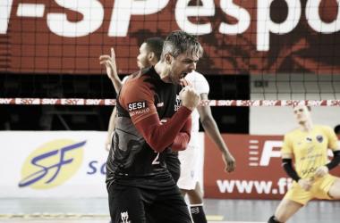Sesi-SP passa fácil pelo São Judas e assume liderança provisória da Superliga