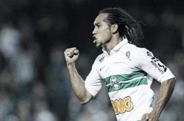 Santos acerta a contratação de Everton Costa