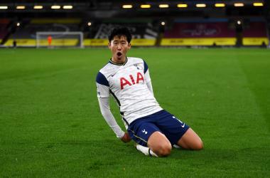 Heung-min Son celebra uno de los tantos en la noche de hoy. Foto: Tottenham Hotspur.