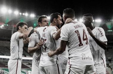"Foto:&nbsp;<span style=""color: rgb(51, 51, 51); font-family: Ubuntu, tahoma, Arial;"">Lucas Merçon/Fluminense FC</span>"