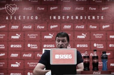 """Falcioni tras la goleada a Sarmiento: """"Esto nos sirve para seguir creyendo en lo que hacemos"""""""