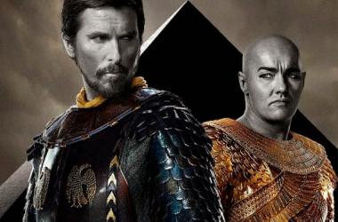 Christian Bale y Joel Edgerton como Moisés y Rhamses. (Foto (sin efecto): noescinetodoloquereluce).