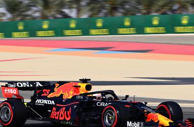 F1, Gran Premio del Bahrein, libere 1: Verstappen davanti