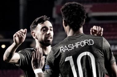 Bruno Fernandes y Rashford celebrando el 0-1 / FOTO: UEFA
