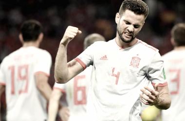 Nacho lamentando una jugada con la selección española. / Fuente: FIFA.