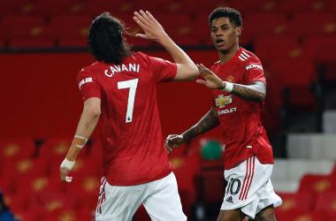 Cavani y Rashford celebran el gol del inglés ante el Brighton. Foto: Manchester United