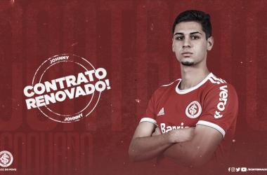 Internacional renova contrato com meia Johnny e zagueiro Roberto até final de 2022
