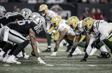 Los Raiders derrotan a los Packers en Canadá