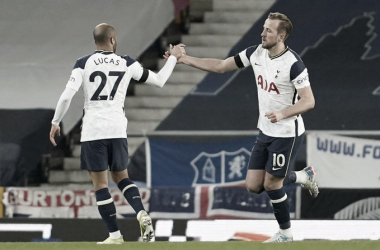 Lucas Moura y Harry Kane después de anotar el gol del empate / Foto: Tottenham
