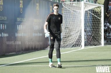 El portero, antes del encuentro amistoso con el Girona, en el que no participó | Foto: Noelia Déniz - VAVEL