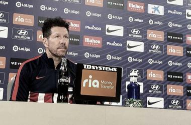 Diego Pablo Simeone en rueda de prensa antes del partido frente al Eibar. / Fuente: Atlético de Madrid