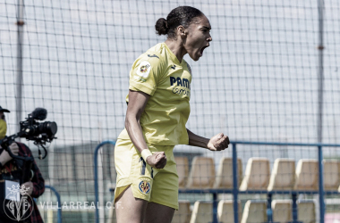 "<p class=""MsoNormal"">Salma celebra el gol // Foto: Villarreal C.F&nbsp;<o:p></o:p></p>"