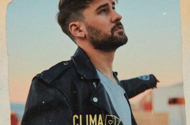 Dani Fernández sorprende con su nuevo single 'Clima Tropical'