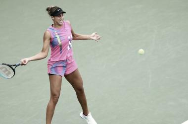 Keys passa por cima de Bolsova e avança à terceira rodada no US Open