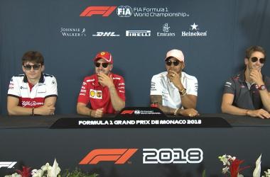 """F1, Mercedes - Hamilton divo nel glam di Monaco: """"Pronto a sfidare tutti"""""""