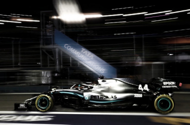 Lewis Hamilton fez volta mais rápida na sexta de treinos livres. (Foto: Reprodução/Mercedes)