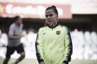 Claudia Pina con el FC Barcelona Femenino   Foto: Noelia Déniz (Vavel)