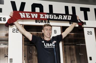 Buksa, el nuevo delantero de New England