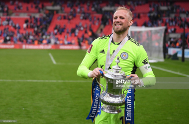 <div>&nbsp;Kasper Schmeichel of Leicester holds the Emirates FA Cup Trophy in celebration following The Emirates FA Cup Final match between Chelsea and Leicester City at Wembley Stadium on May 15, 2021, in London, England. (Photo by Michael Regan - The FA/The FA via Getty Images)</div><div><br></div>