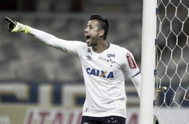 """Fábio vence Estadual com Cruzeiro e relembra fala de Ronaldinho: """"Quando tá valendo, tá valendo"""""""