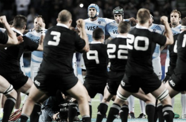 Los All Blacks realizando el Haka Kapa O Pango | Foto: TyC Sports