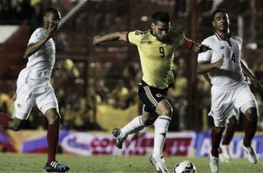 Falcao rompió el récord en La Paternal, ante Los Ticos (Foto: Fútbol Red).