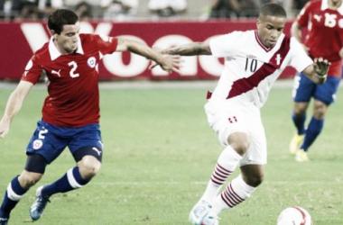 Será la segunda vez que Peruanos y Chilenos volverán a verse las caras en 2015. (FOTO: hoyenfutbol.com)