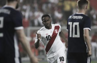 Na despedida de casa, Peru bate Escócia em primeiro teste para Copa do Mundo