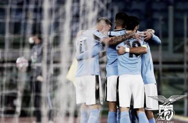 Lazio aproveita falhas do Borussia Dortmund para vencer em seu retorno à Champions League