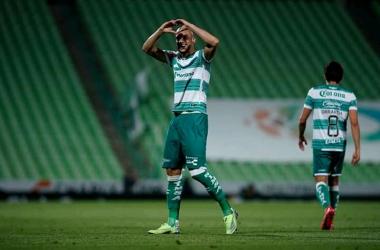 El central brasileño festejó con gran actuación el 14 de febrero (Foto: Club Santos)