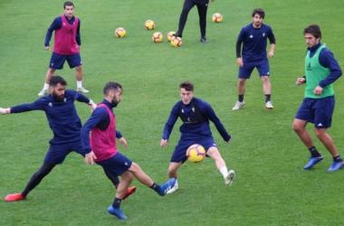 Entrenamiento del equipo amarillo antes de su visita a La Rosaleda . Fotografía: Cádiz cf