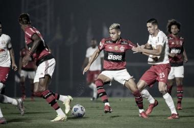Melhores momentos de Fortaleza x Flamengo pelo Campeonato Brasileiro (0-3)