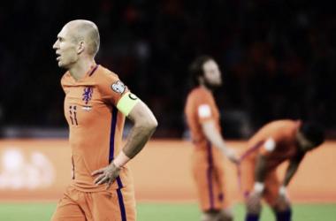 Mesmo com a torcida empurrando, os holandeses não conseguiram aplicar um placar elástico de sete gols (Foto: Emmanuel Dunand/AFP)