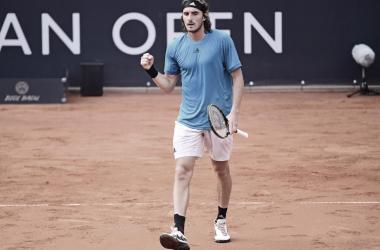 Tsitsipas supera Koepfer em Hamburgo e vence primeira desde Roland Garros