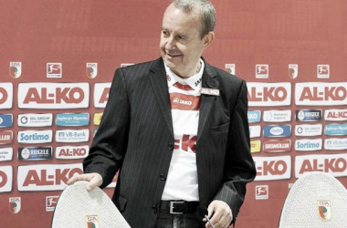 Dimite Walther Seinsch, presidente del FC Augsburgo
