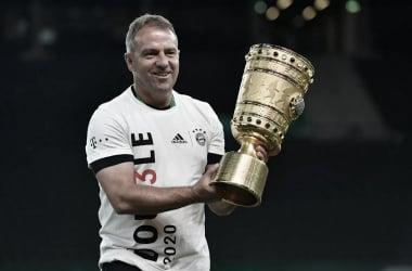 """Hansi Flick elogia elenco do Bayern após título da Copa da Alemanha: """"Confia na própria força"""""""