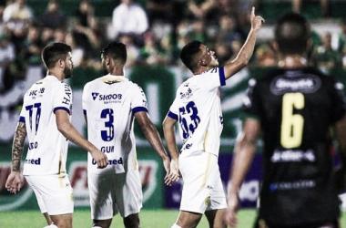 Com reservas, Chapecoense faz lição de casa contra Brusque pelo Catarinense