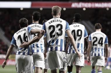 Alexander Sorloth celebrando el gol con sus compañeros / Foto: Real Sociedad