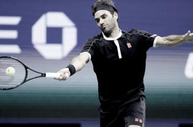 Federer supera começo ruim, bate Nagal de virada e vence em sua estreia no US Open