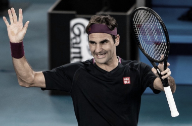 "<p style=""margin-bottom: 0cm; color: rgb(0, 0, 0); font-size: medium; font-style: normal; text-align: start;""><font style=""font-size: 22pt;""><b>Roger Federer Foto @AustralianOpen</b></font></p>"