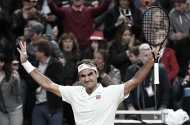 Federer se hace de aplausos en Paris. Foto: Zimbio.