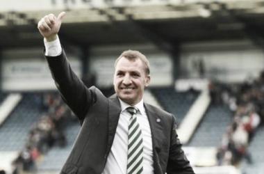 Após vitória sobre o Dundee, Brendan Rodgers rasga elogios a Scott Brown