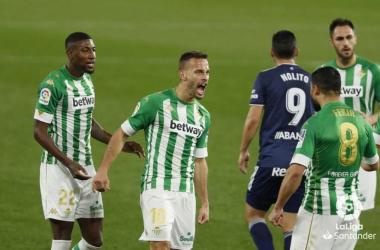 Fekir y Canales celebrando uno de los tantos | Foto: La Liga